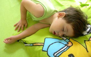 Сколько часов и сколько раз должен спать ребенок днем